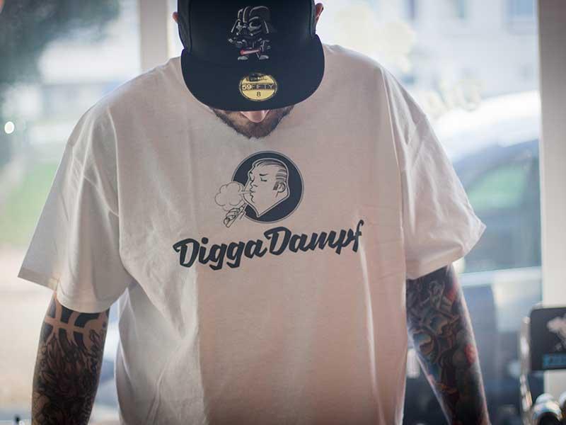 T-Shirt DiggaDampf weiß